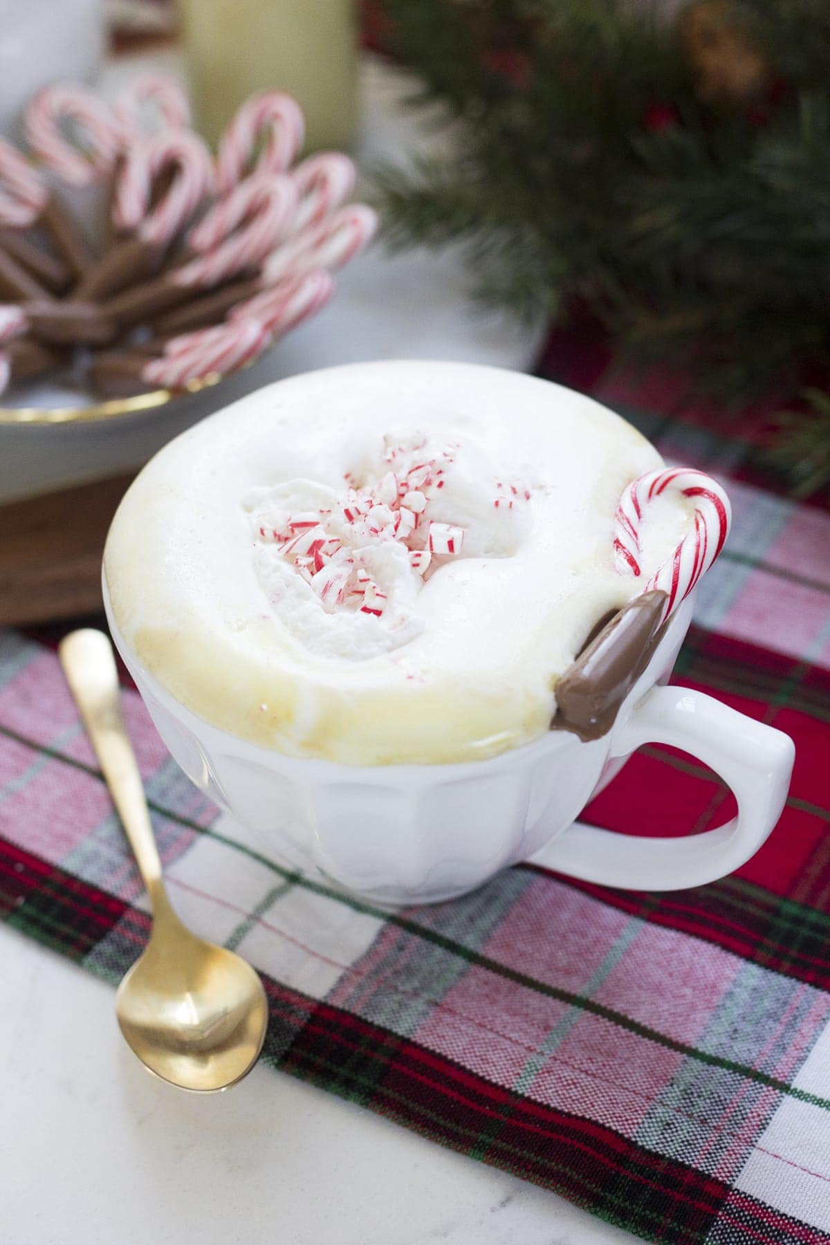 Homemade Peppermint White Mocha Recipe