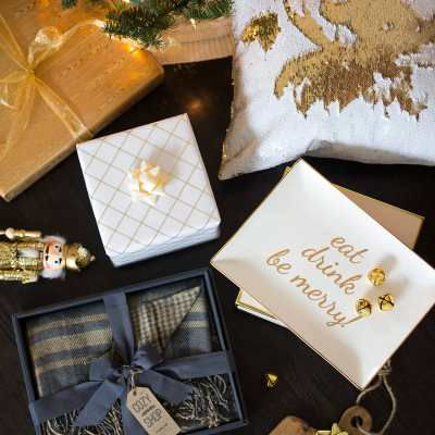 Gift Guide: Gifts for the Hostess
