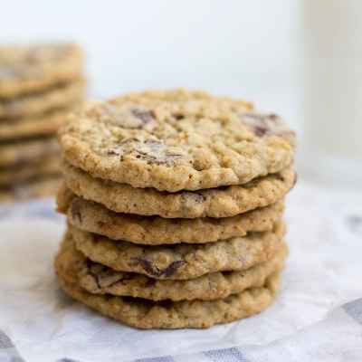 Coconut Oil Dark Chocolate Chunk Oatmeal Cookies