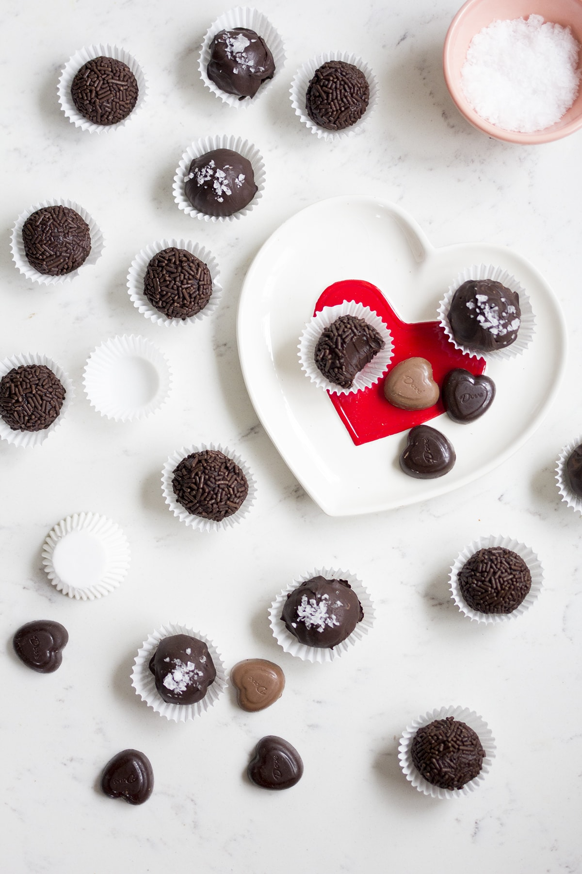 Salted Dark Chocolate Truffles - Freutcake