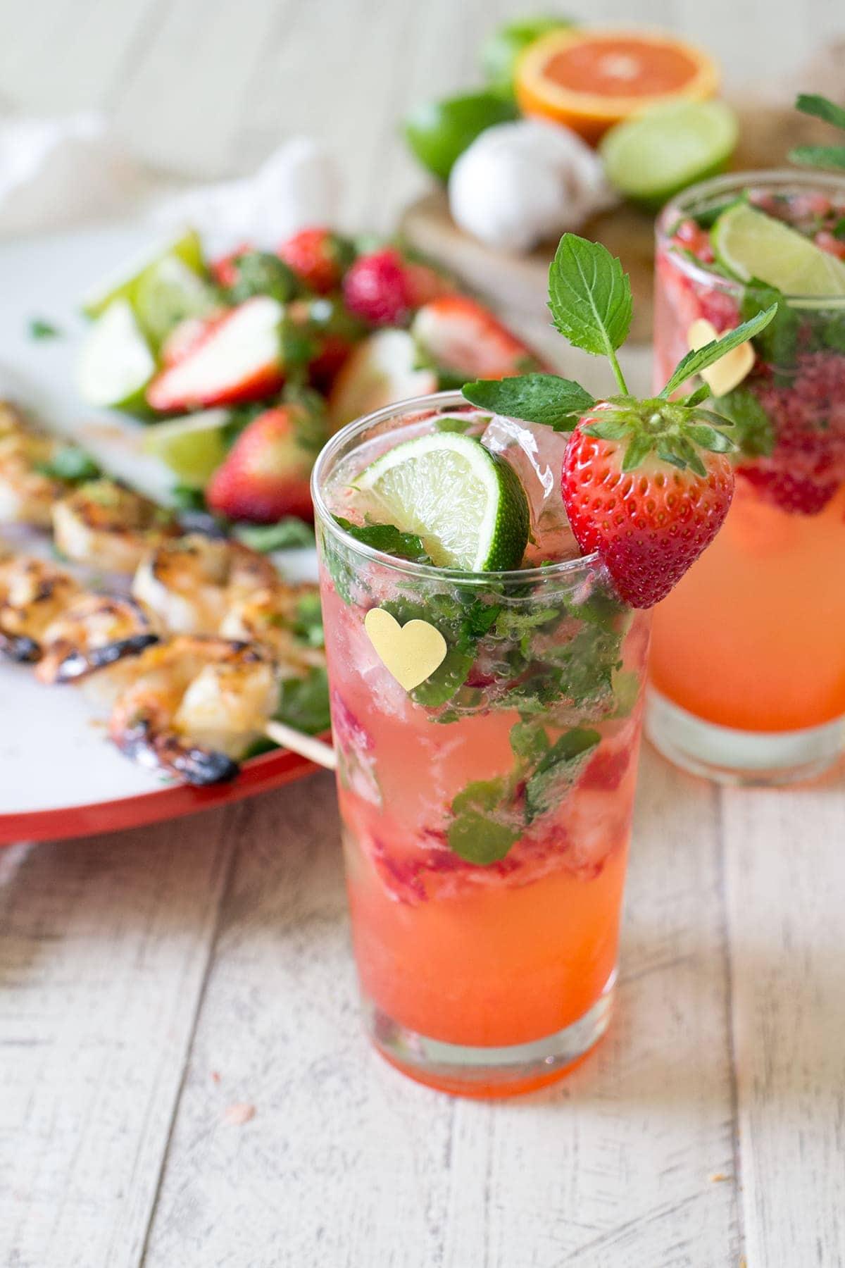 Skinny Strawberry Mojito