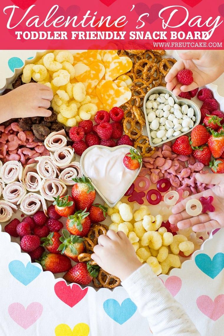 Valentines Day Toddler Snack Board #toddler #toddlerfood #toddlermeals #snack #lunch #snackboard #kidfood