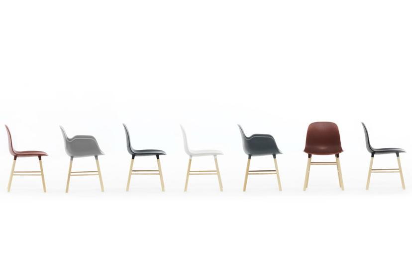 3900_form_chair_miniature_1