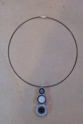 08_Quilling Halskette aus Altpapier