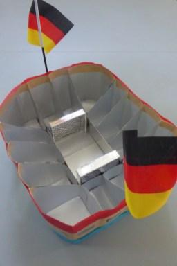FRICKELclub_EM_Fußball_Snackstadion_Tetra Pak_Kinder_Recycling_basteln_DIY_Offenbach (19)