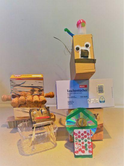 FRICKELclub_Kinder_Geburtstag_Ufos_Roboter_Aliens_Recycling_DIY_Basteln_ (1)