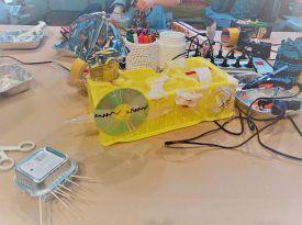 FRICKELclub_Kinder_Geburtstag_Ufos_Roboter_Aliens_Recycling_DIY_Basteln_ (47)