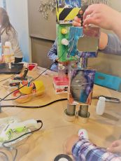 FRICKELclub_Kinder_Geburtstag_Ufos_Roboter_Aliens_Recycling_DIY_Basteln_ (9)