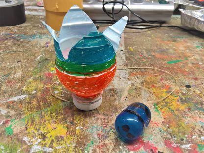 FRICKELclub_Recycling_Basteln_Kinder_Fangspiel_PET_Flasche (1)