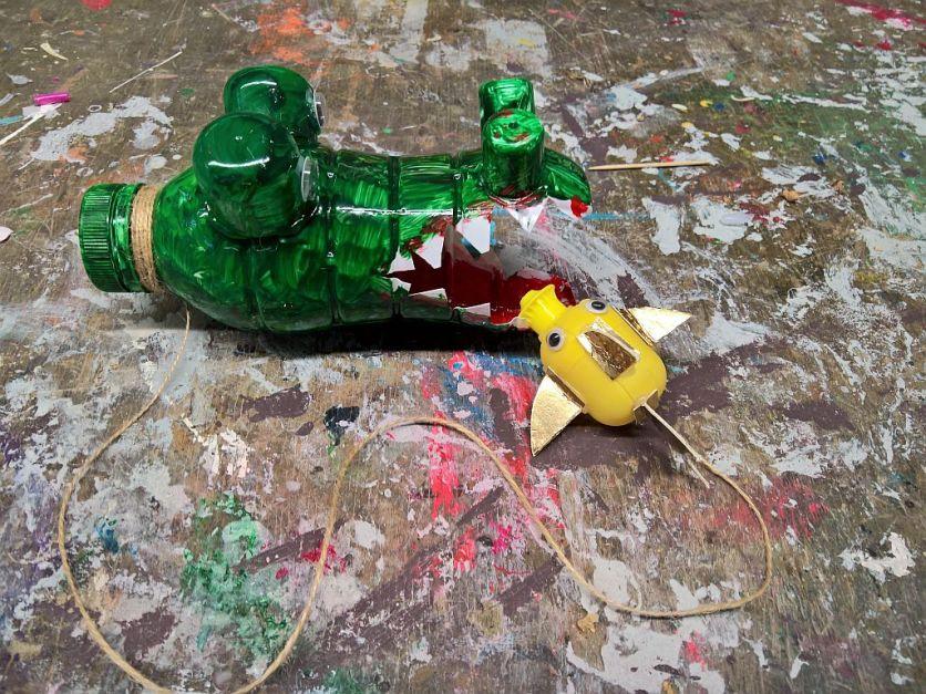 FRICKELclub_Recycling_Basteln_Kinder_Fangspiel_PET_Flasche (6)