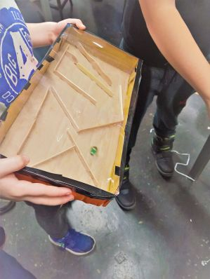 FRICKELclub_Recycling_Basteln_Kinder_Murmel_Irrgarten_Spiel (15)