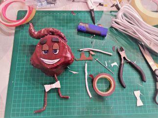 FRICKELclub_Recycling_Geburtstagsbasteln_Kinder_Emojis_Figuren (6)