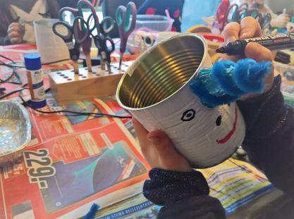 FRICKELclub_Recycling_Geburtstagsbasteln_Kinder_Stiftehalter (13)