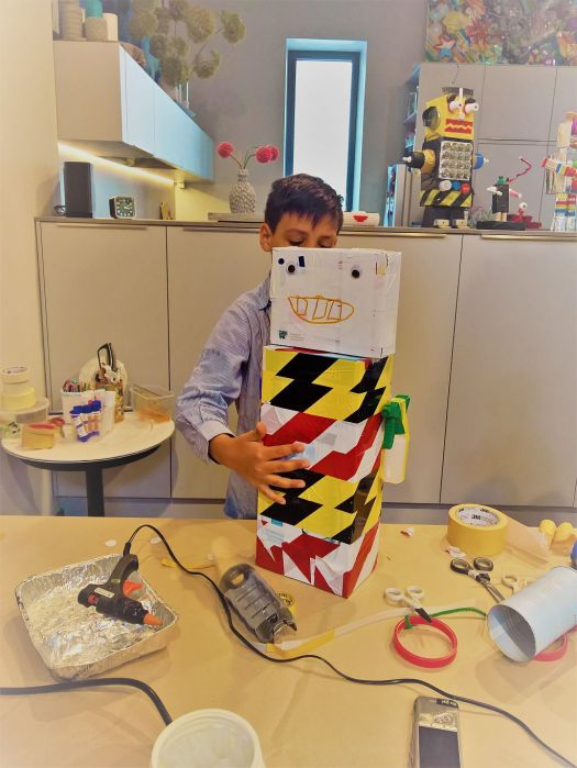 FRICKELclub_Recycling_Geburtstagsbasteln_Roboter (16)