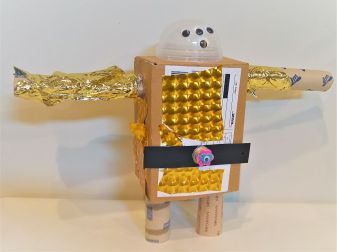 FRICKELclub_Recycling_diy_Geburtstagsbasteln_Roboter (13)