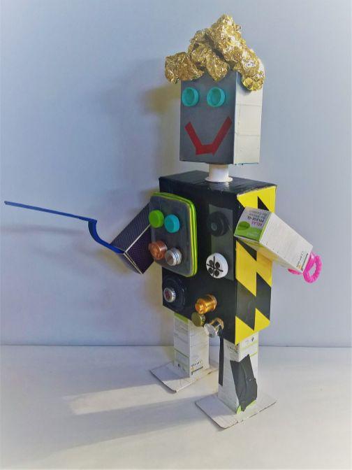 FRICKELclub_Roboter_Aliens_Spardosentiere_Upcycling_diy_Geburtstag (3)