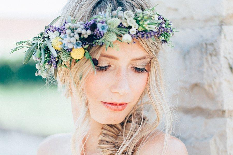Brautfrisuren Mit Blumen Brautfrisuren 2019 Schone Ideen Fur