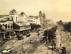 Chowringhee Street---Calcutta's main throughfare, an amazing parade of fascinating sights and sounds. Every soldier who has trod its length retains memories of one of the most colorful and interesting streets.