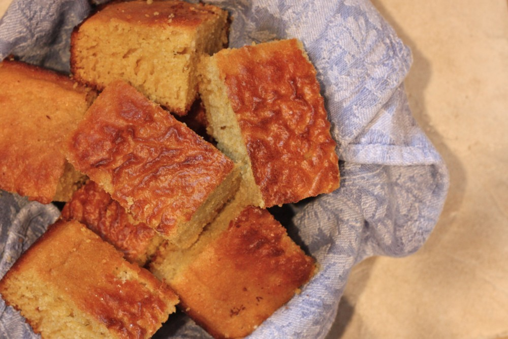 Amish Friendship Bread Cornbread | friendshipbreadkitchen.com