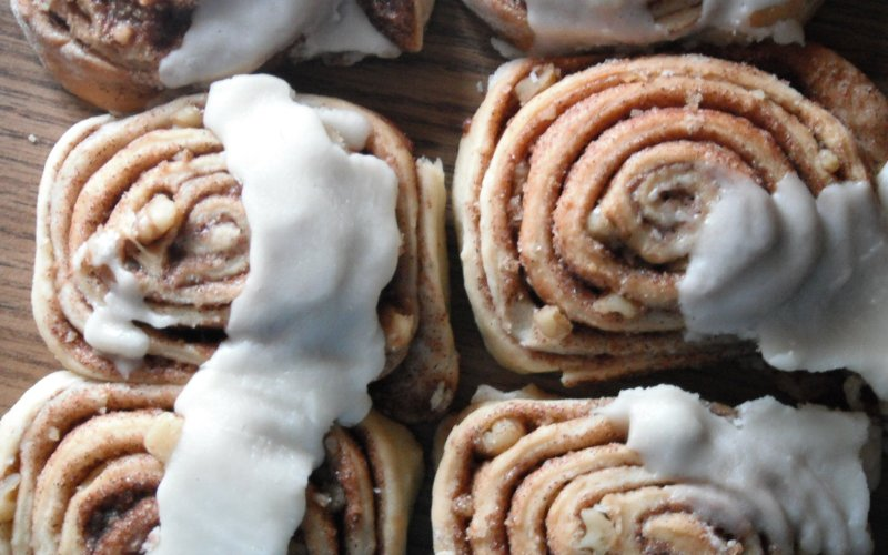 Amish Friendship Bread Cinnamon Rolls
