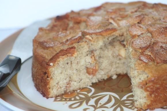 Got flax? Try our Amish Friendship Bread Apple Flax cake! | http://www.friendshipbreadkitchen.com