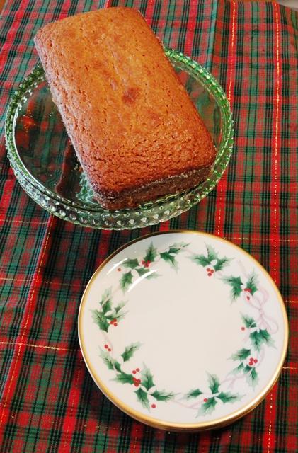 Eggnog Amish Friendship Bread by Rebecca Givens| friendshipbreadkitchen.com