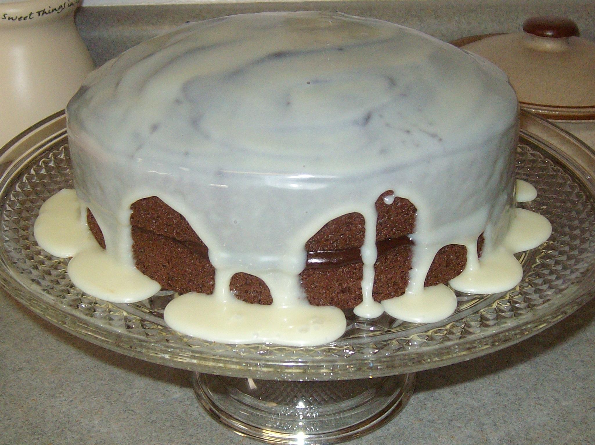 Chocolate White Chocolate Marble Amish Friendship Bread by Kira Endicott   friendshipbreakitchen.com