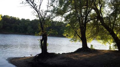 Mississippi River near Fridley, Minn. (c) Gabriel Vanslette/Wikimedia
