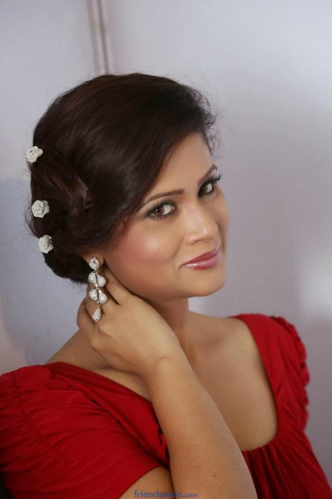 Anchor Shilpa Chakravarthy Latest Photos in Red Dress
