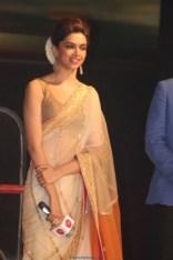 Palam Silks Chennai Express Meena Hunt Photos