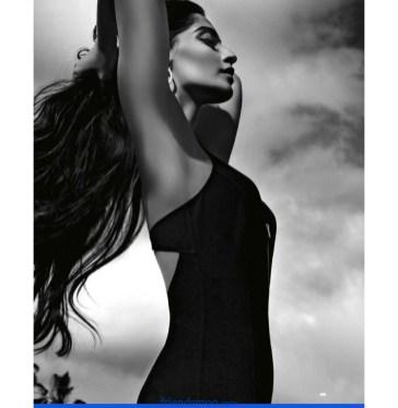 Sonam Kapoor Latest Hot Photos-Friendsmoo
