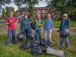 Volunteers with Litter