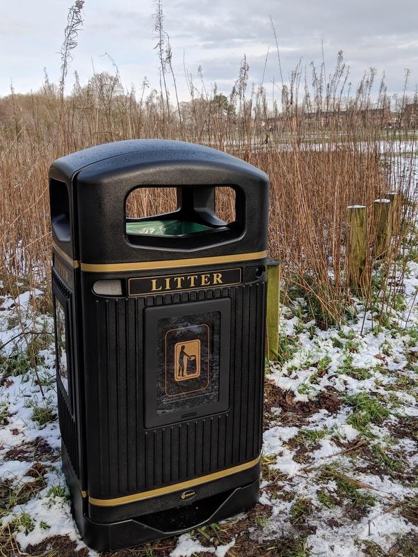 Litter bin opposite Stanley Road