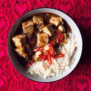 Gluten free, vegan Ma Po Tofu with steamed rice
