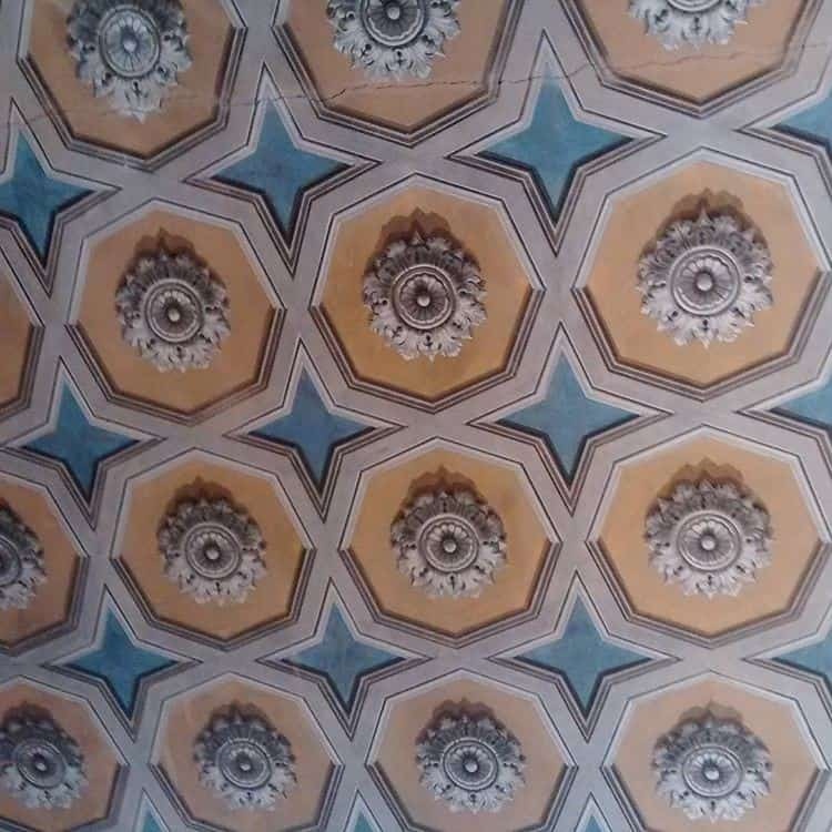 Hotel Abadessa: painted ceiling