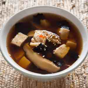 Miso Soup with Tofu and Shitake Mushrooms: ready to eat
