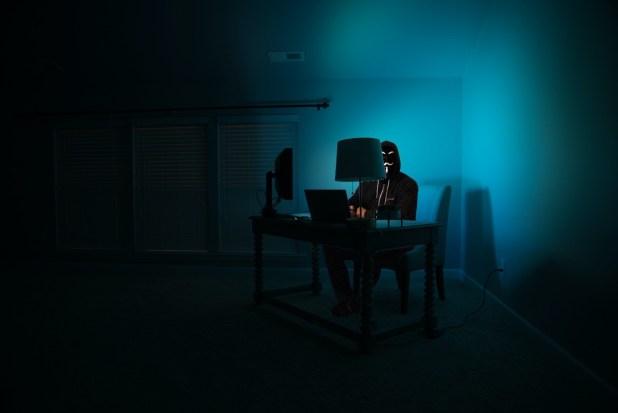 Consejos de seguridad para evitar fraudes en línea y hackeos