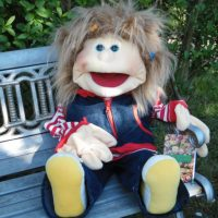 Living Puppets RONJA fühlt sich bei uns pudelwohl #Therapiepuppe #LivingPuppets #menschlichePuppe