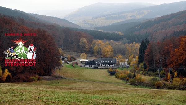 Blick auf die Talstation am Erlebnisberg Sternrodt im Sauerland.