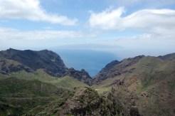 Blick von Teneriffa auf La Gomera