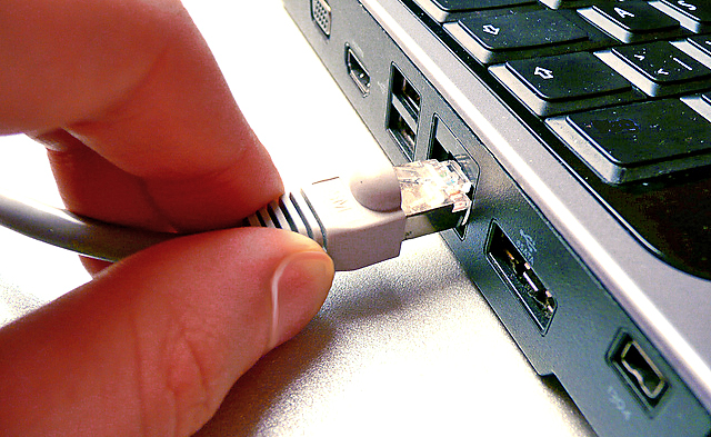 Internet ( photosteve101/Flickr)