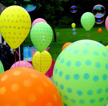 bubbles and balloons in golden gate park