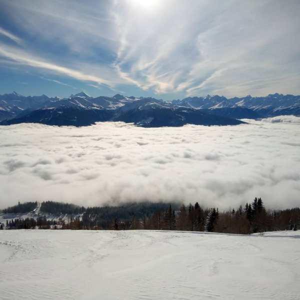 #montana #powandsun #lesvacancescacommence #questcequonestmieuxendessus #frisek @frisek @nemofsk @cransmontana.resort