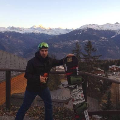 No snow, still representing gypsy style @kbgh#frisek #frisekteam #frisekband #snowboard