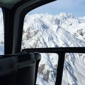 Repost @b.bodonyi on his way with @valax.simon to the tomahawk in Alaska...#frisek #frisekteam #snowboard #alaska #usa #helisnow #heliskiing #helicopterride #freeride #haines