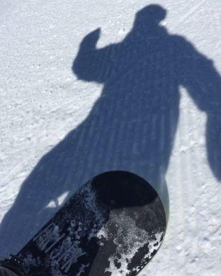 Special thank you to the gods of snow to these basic feelings @snowparkzermatt #zermatt #snowboarding #frisek #snow