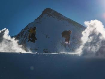 Repost @snowparkzermatt with our man @moussafrisek enjoying some early season shred with @holyelephant #frisek #zermatt #snowboard