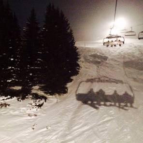 Night session #frisek @tele_champery_crosets #champery #lescrosets #snowboard #shred 📷@dubois.mael
