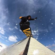 @kbgh Shred in #laax by @dubois.mael #frisek #snowboard #graubunden #p60 #curnius