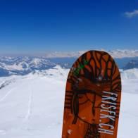 Season never ends #frisek #snowboard #glacier3000 #freeride #switzerland